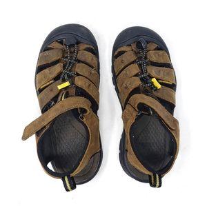 Keen | Brown Hiking Outdoor Boys Velcro Sandals 2